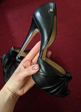 Кожаные туфли elisabetta franchi .