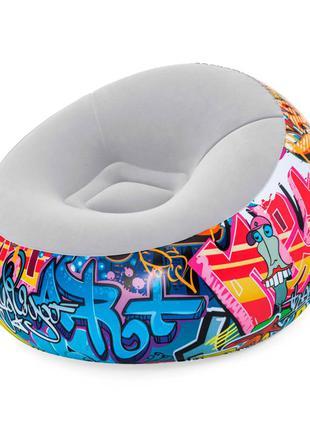 Надувное велюровое кресло с ремкомплектом bestway 75075 (112*112*66 см), граффити