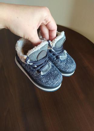 Ботиночки на малыша zara