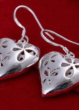 Сережки в форме сердечек 925