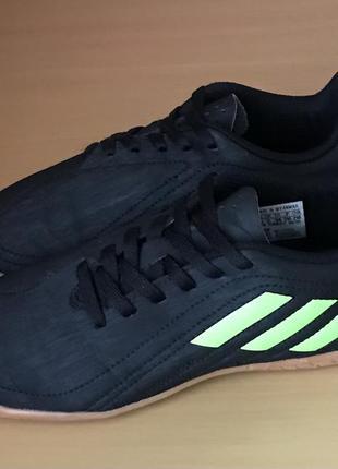 Футзалки adidas нова модель бутси