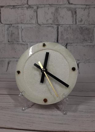 Настільний міні годинник світиться у темряві люмінофор  подарунок