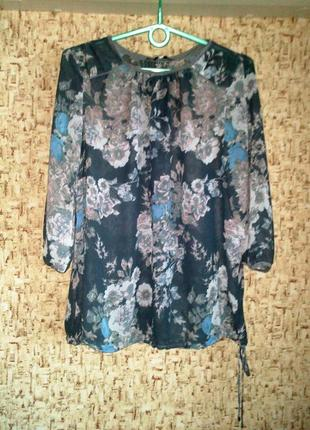 42-44р. серая шифоновая блузка в цветы