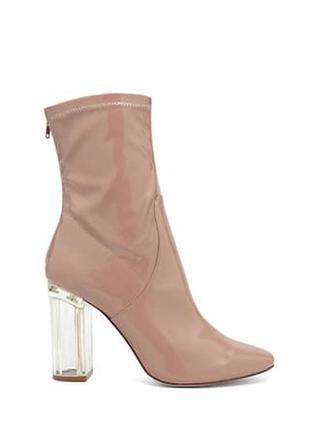 Лаковые ботинки на прозрачном каблуке