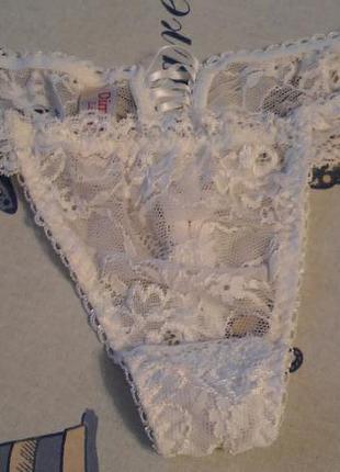 Кружевные стринги  итальянского бренда dimanche lingerie