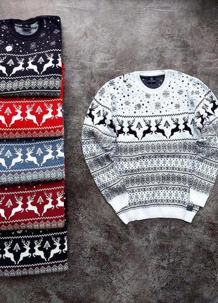 Зимний новогодний джемпер шерстяной с оленями