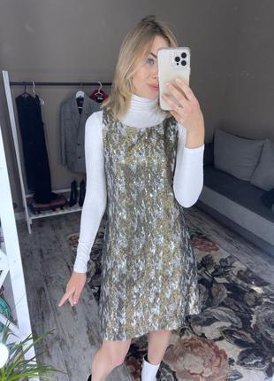 Платье в пайетках pull&bear