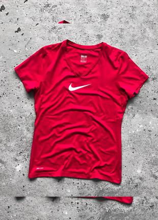 Nike dri-fit спортивна футболка