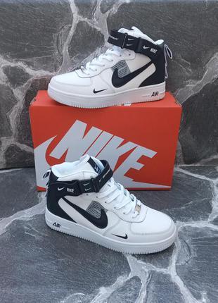 Подростковые зимние кроссовки nike air force winter кожаные, белые