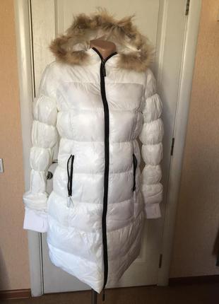 Пуховик-пальто miss-sixty белое с капюшоном