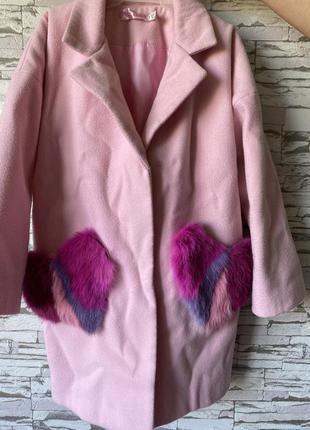Шикарный и модный пальто