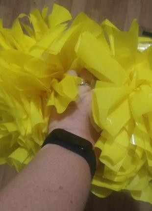 Новые желтые помпоны