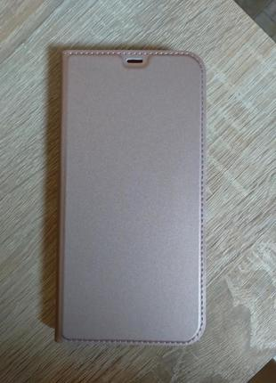 Чехол на айфон 12