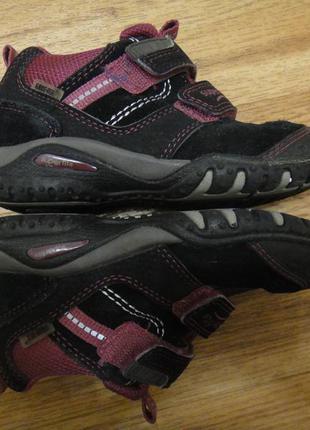 Демисезонные ботинки, кроссовки, туфли на девочку superfit р. 27 стелька 17 кожа