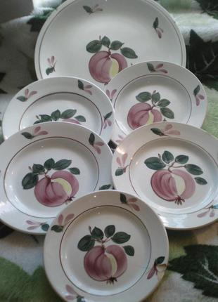Тарелки  блюдо винтажные фрукты яблоки 1960-1992г яблони . фарфор+фаянс.