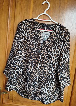 Блуза в леопардовый принт, размер м
