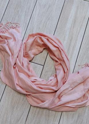 Шикааарный!! зефирно-пудровый шарф!! мягусенький..сост.отличное!!