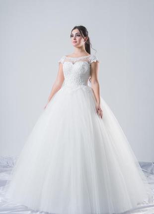 Свадебное платье с коротким рукавом bliss