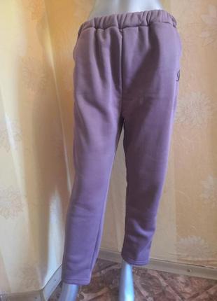 Тёплые спортивные штаны, размер м/l.