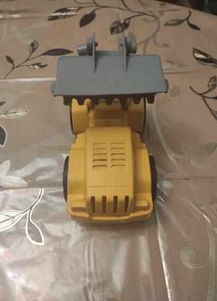 Машинка-эскаватор