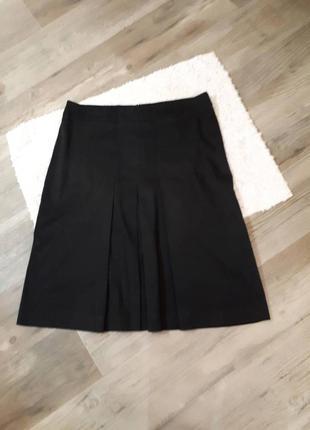 Стильная юбка со складками zara