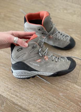 Треккинговые ботинки scarpa