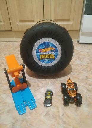 Hot wheels трюки в шине