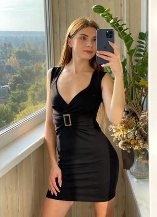 Чёрное платье мини из плотного трикотажа 1+1=3