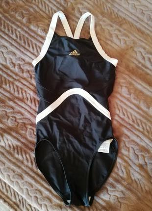 Новый купальник для бассейна adidas