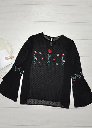 Красива блуза з вишивкою primark.