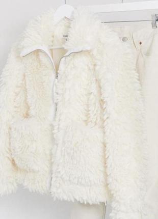Новая шуба куртка с бирками