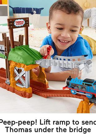 Моторизована залізниця томас fisher-price thomas три варіанта макета