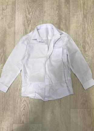 Белая классическая рубашка для мальчика