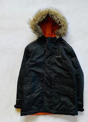 Regatta стильная деми  куртка на мальчика 7-8 лет