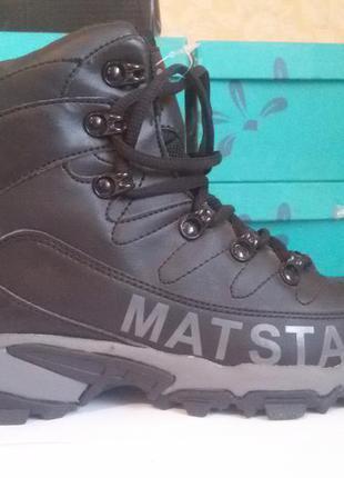 Женские демисезонные ботинки mat & tar