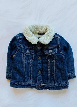 Primark стильная джинсовая куртка на меху  на мальчика   6-9 мес