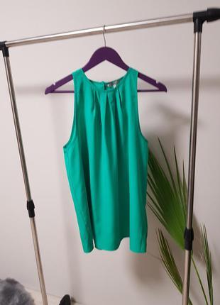 Блуза в модном зелёном цвете peacock