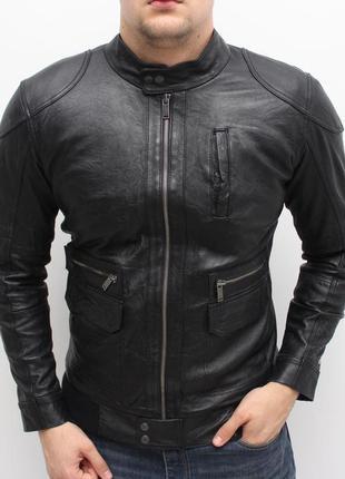 Отменная оригинальная кожаная куртка tommy hilfiger s