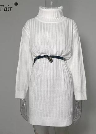 В'язана сукня-светр