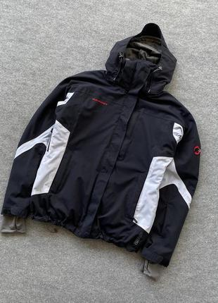 Крута лижна жіноча куртка mammut drytech snow мембранна