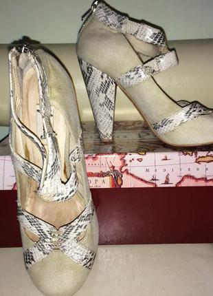 Класні туфлі шкіра+льон