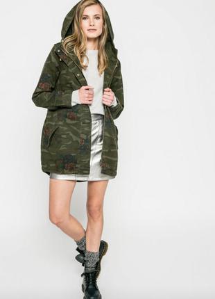 Легкая ветровка курточка милитари