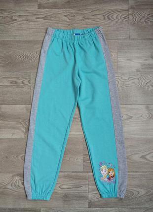 Спортивные штаны. размер 134/140