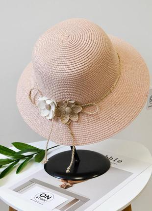 Стильная женская летняя соломенная шляпа с цветами розового цвета