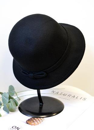 Стильная женская фетровая шляпа клош черного цвета