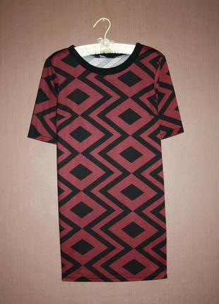 Актуальное платье прямого покроя в геометрический принт №9 dorothy perkins1 фото