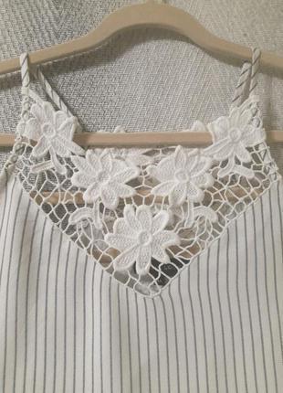 Женская летняя вискозная блуза, блузка с кружевом.