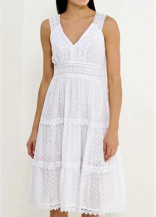 Красивое качественное платье -сарафан италия