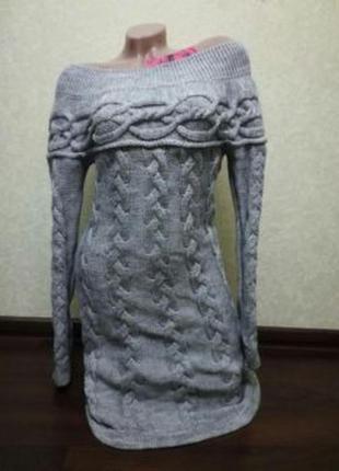 Вязаное теплое шерстяное платье