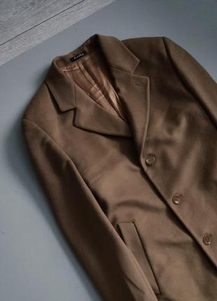 Мужское итальянское бежевое пальто честерфилд  tagliente